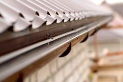 Seamless Rain Gutter Installation
